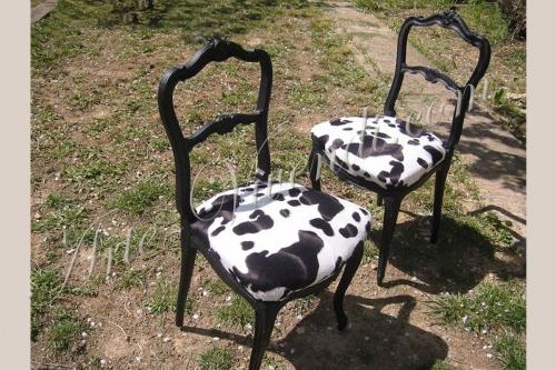 chaises ancien relooke peau de vache synthétique noir et blanc