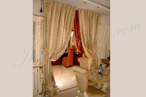Grande rideaux volumineuse soie une paire blanc et une paire rouge soie Italie