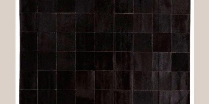 Tapis deco peau de vache couleur noir cousu en carré