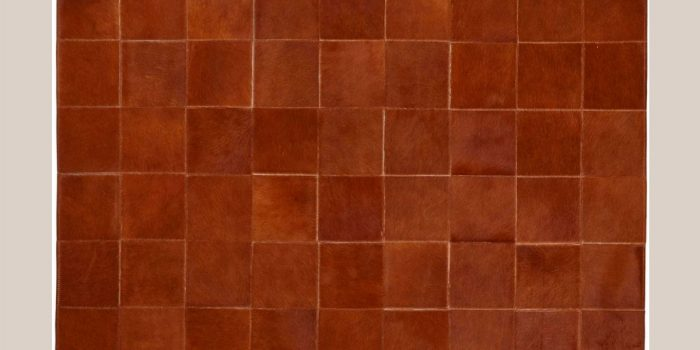 Tapis deco peau de vache couleur cognac cousu en carré